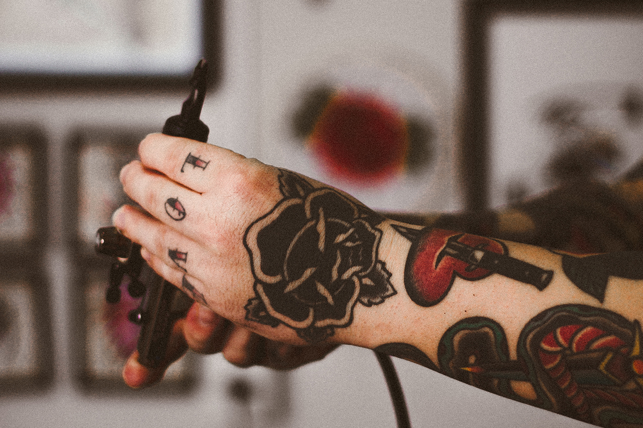 Everything to know about knuckle tattoos for How much is picosure tattoo removal